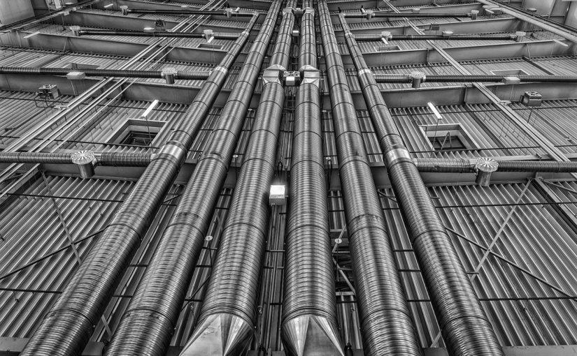 GitLab – Pipelines między projektami